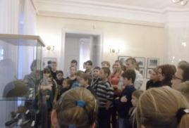 12 ноября наши школьники посетиЛИобластной художественный музей